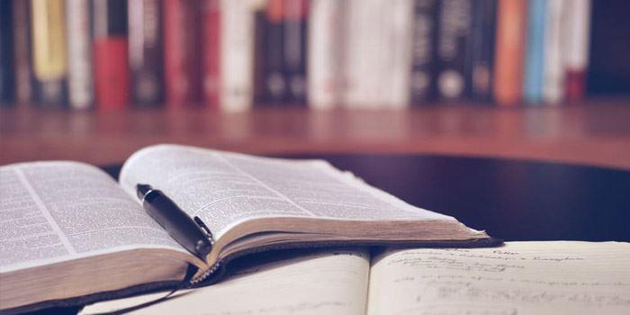Böcker om ekonomi och investeringar