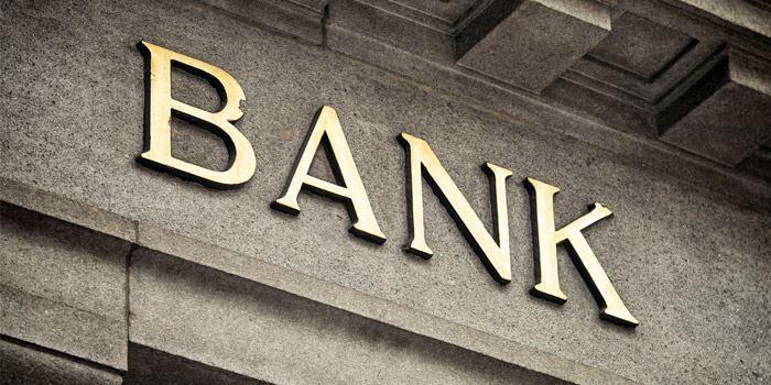 Nätmäklare och banker