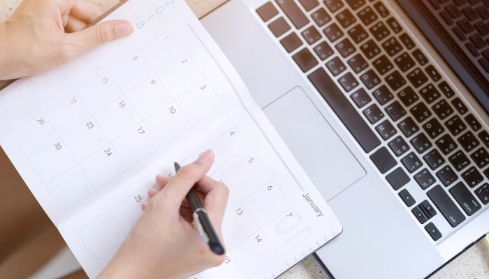 Hur lång tid tar det att sälja bostadsrätt och hus? tidplan